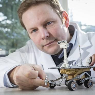 Dr Christian Schroeder